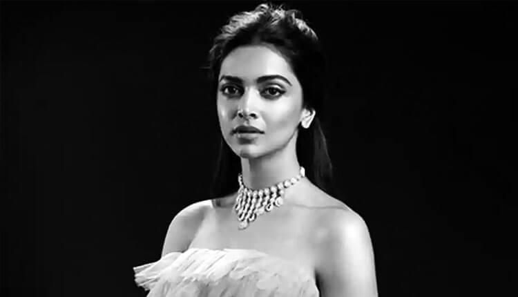 Deepika Padukone – 112.8 Cr